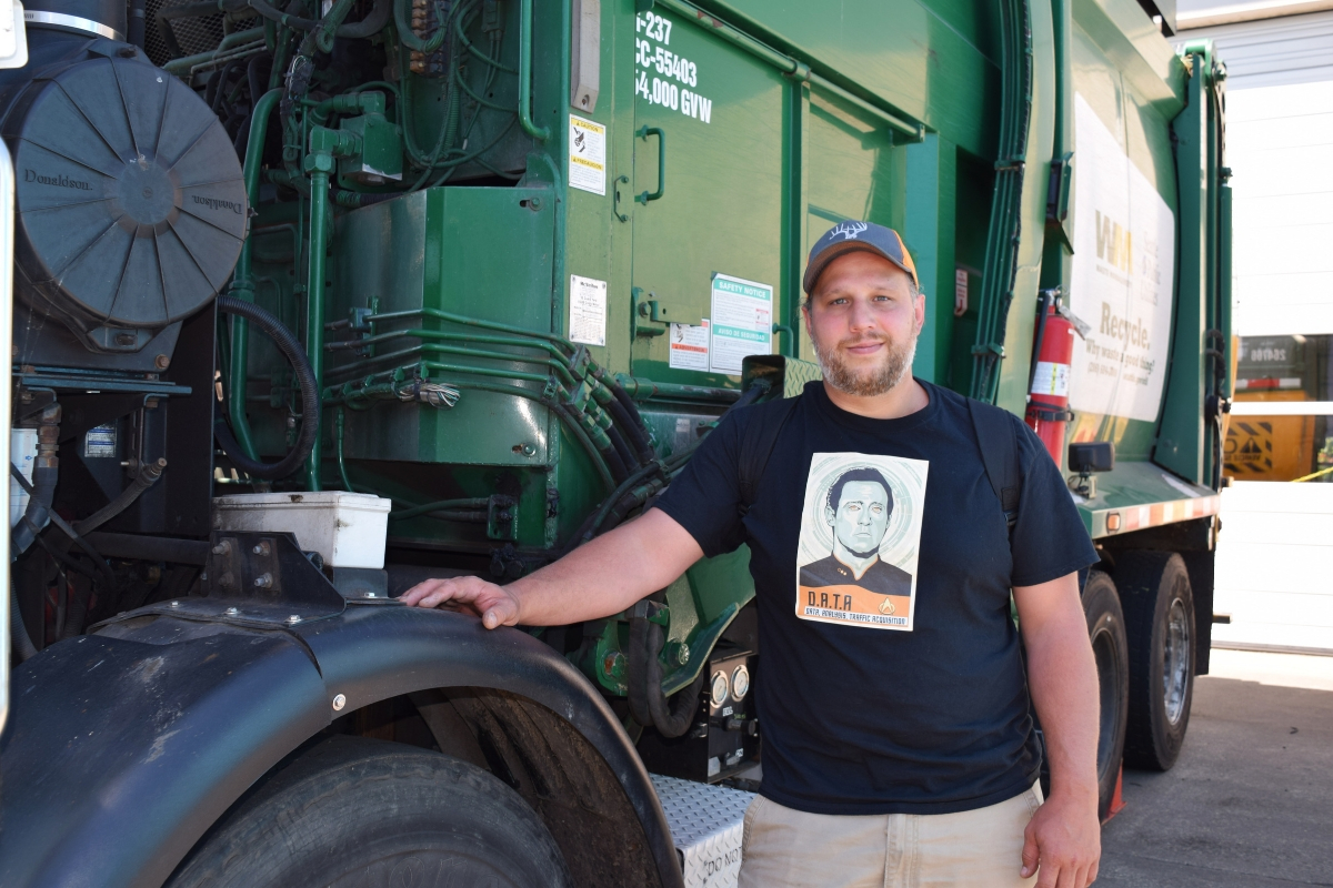 Diesel Student Receives $3000 from Dirty Jobs' Mike Rowe Scholarship Program